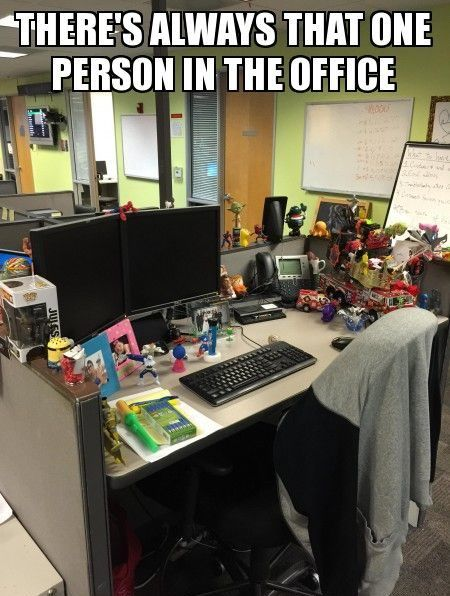 Funny work memes to help get you thru a hard day at the office. We've rounded up the best memes about work for you to lol & share with coworkers Memes Work Offices, Office Memes, Co Worker Memes, Co Workers, Social Worker Memes, Call Center Humor, Hr Humor, Memes Humor, Bank Humor