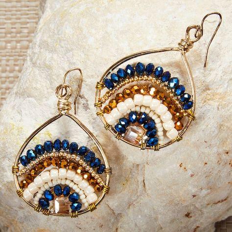 Diy Earrings Easy, Diy Boho Earrings, Diy Earing, Diy Seed Bead Earrings, Diy Earrings Tutorial, Wrap Bracelet Tutorial, Beaded Bracelets Tutorial, Beaded Earrings Patterns, Wire Jewelry Patterns