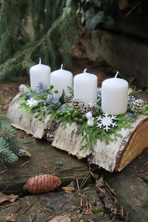 Cheap and Easy Christmas Centerpiece Ideas that you can Make in a Jiff - Hike n Dip Thinking about easy and cheap christmas centerpiece ideas that you can do by yourself? Look here for some of the easiest Christmas centerpiece ideas. Christmas Advent Wreath, Christmas Candle Decorations, Cheap Christmas, Noel Christmas, Christmas Candles, Rustic Christmas, Simple Christmas, Advent Wreaths, Nordic Christmas
