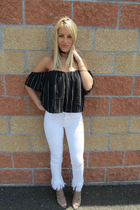 - cutest little off the shoulder top - paired with our comfy White Frayed Denim Jeans (high rise!) - zipper closure back - model is wearing a small, runs a little small, if in between sizes order up - fully lined