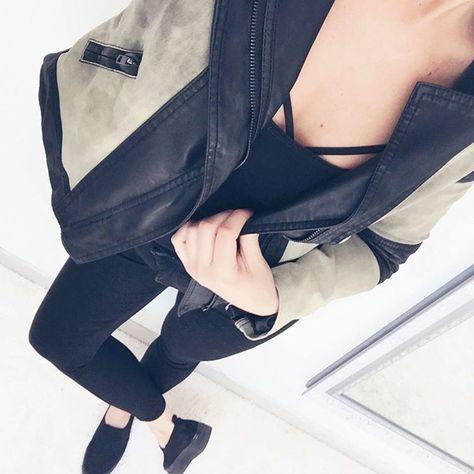 vide dressing angers great les points roses de audrey with vide dressing angers free les. Black Bedroom Furniture Sets. Home Design Ideas