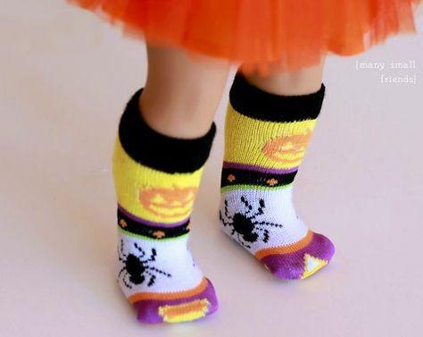 DIY Five Minute Doll Socks
