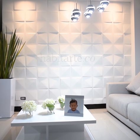 Wall Forms by Habitarte is our line of three-dimensional decorative panels, with which you can give life to a flat and unobtrusive wall. Its modular form facilitates the accommodation and installation in flat surfaces and in some cases curves, in a practical way and in a short time.