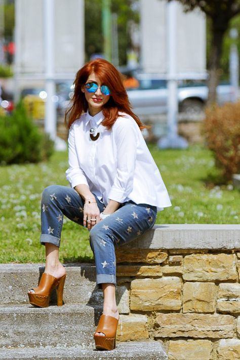 Redhead Illusion - Fashion Blog by Menia - Not classic - Denny Rose Jeans and Shirt-07
