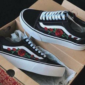 chaussure vans avec des roses