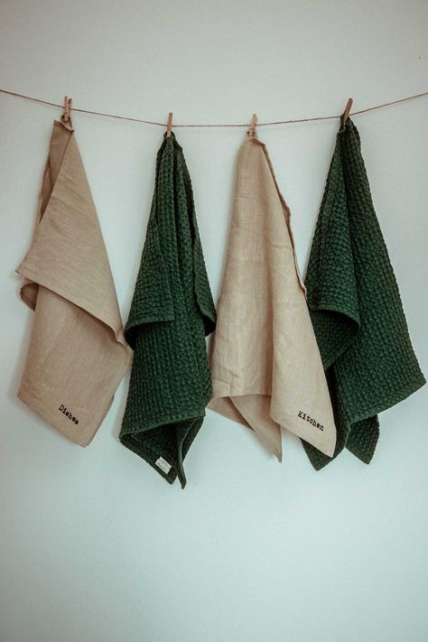 Stylish and practical, this set of two linen towels will compliment any kitchen or bathroom.