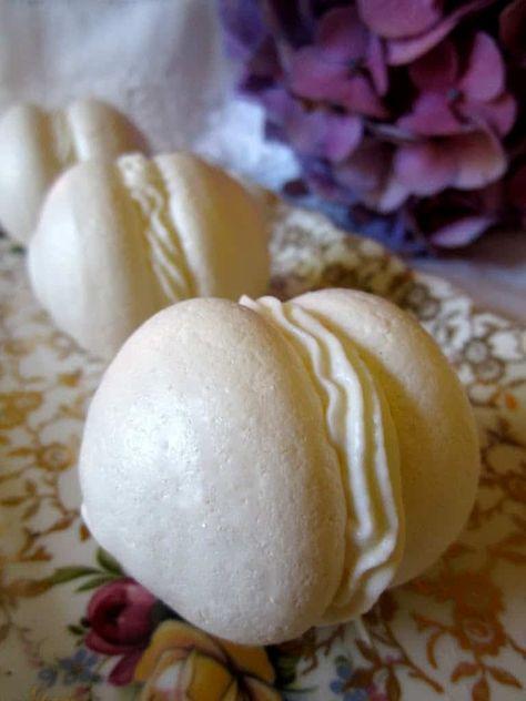 homemade meringues with cream