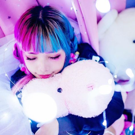 """7,071 curtidas, 60 comentários - ★ YUYU ★ Kawaii Fashion (@yuyu.monster) no Instagram: """"What's the strangest dream you've ever had? ⠀ ⠀ Mine was that I didn't exist, but I could watch…"""""""