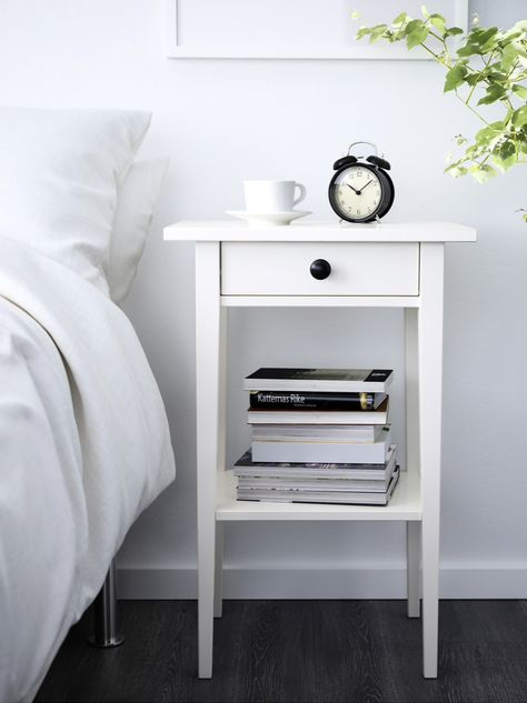 Ikea Hemnes Nightstand, Small Nightstand, Small White Bedside Table, Cheap Nightstand, Bedroom Minimalist, Minimalist Nightstand, Master Bedroom Makeover, Bedroom Night Stands, Luxurious Bedrooms