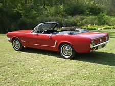 Ford : Mustang Base 1965 Convertible Ford Mustang Base 2.8L 1964 1/2 Shiny RED. 170 CID 6-Cycle