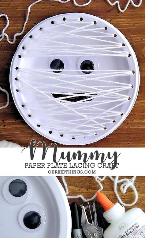 This Mummy Paper Plate Lacing Craft is a great hand/eye coordination activity for little ones and just a fun mummy craft for Halloween for all! Theme Halloween, Halloween Arts And Crafts, Halloween Activities For Kids, Halloween Door Decorations, Fall Crafts For Kids, Halloween Diy, Spring Crafts, Halloween Horror, Halloween Crafts For Kindergarten