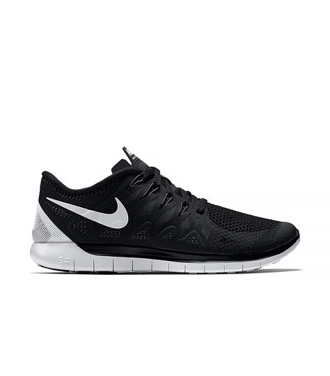 The 12 Pieces Almost Every New York Girl Owns | Nike free
