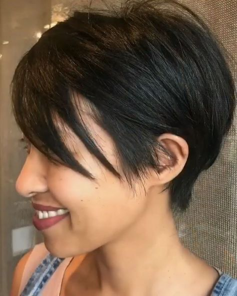 Feathered Pixie Cut - #feathered #pixie - #HairstyleCuteRoundFaces