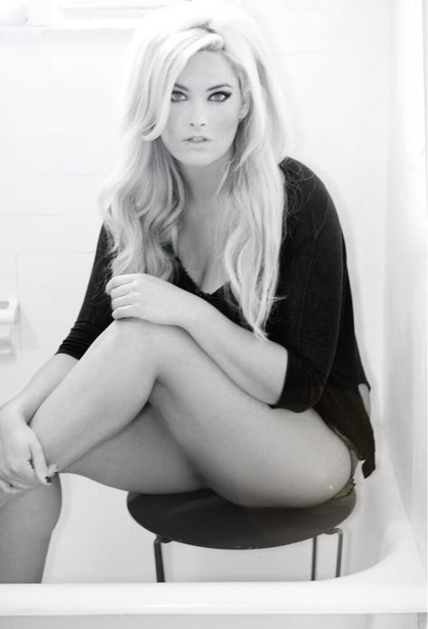 CK's Chat with Top Model Whitney Thompson {EXCLUSIVE INTERVIEW!}