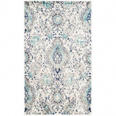 I M A Sucker For This Good Looking Grey Rug Greyrug In 2020 Paisley Rug Area Rugs Light Grey Area Rug