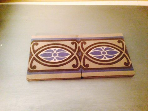 And they have arrived! Two gorgeous vintage Art Deco tiles! I ordered them off Etsy, but I was so nervous Bc they had to ship from France. Fortunately , they got here in perfect condition!  I haven't decided exactly where to put them yet.