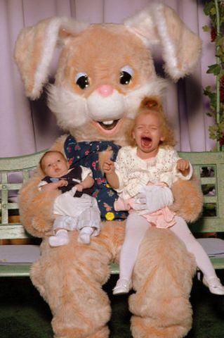 funny-easter-bunny- http://www.funny-potato.com #easterphotos