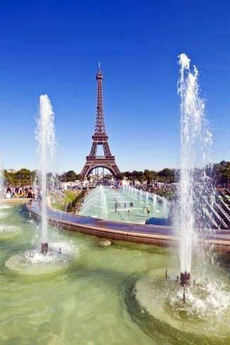 6df42819ba62 Top 10 Secrets of the Eiffel Tower in Paris | Lugares | Paris torre ...