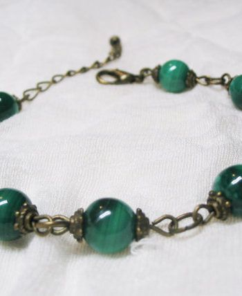 Malachite Meaning and Properties | Crystal healing stones