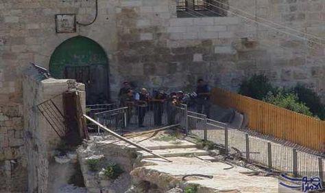 إغلاق باب المغاربة بعد اقتحام 26 مستوطناً للمسجد الأقصى بحماية قوات الاحتلال منذ صباح الخميس