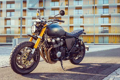 UNDERNEATH THE RADAR. A Honda CB750 Urban Scrambler by Moto