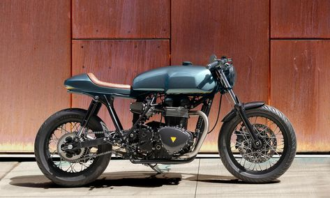 The most disappointing air-cooled Bonnie was the Triumph Thruxton 900. Thankfully Nova Motorcycles have come to the rescue with a wild Thruxton cafe racer.