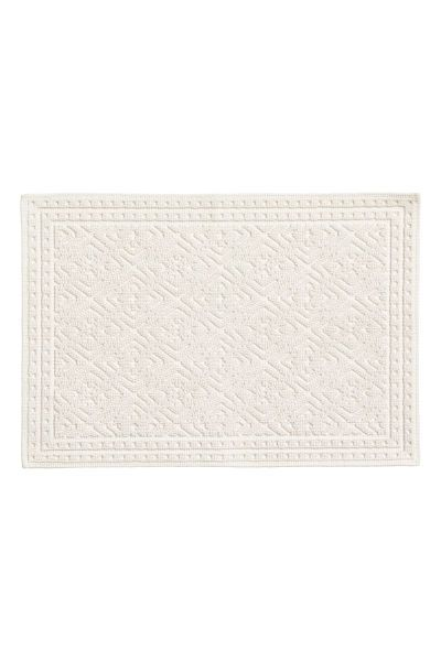 Check This Out Rectangular Bath Mat In Thick Jacquard Weave Cotton Terry With Non Slip Protection Und Bath Mat Jacquard Weave Bathroom Decor Luxury