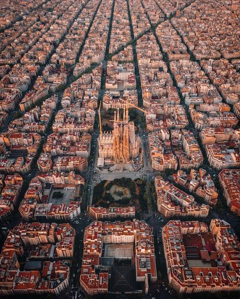 Barcelona From Above. Shot by @thetechcreative Located in Barcelona, Spain #artsytecture ______ Welcome to the page @artsytecture !…