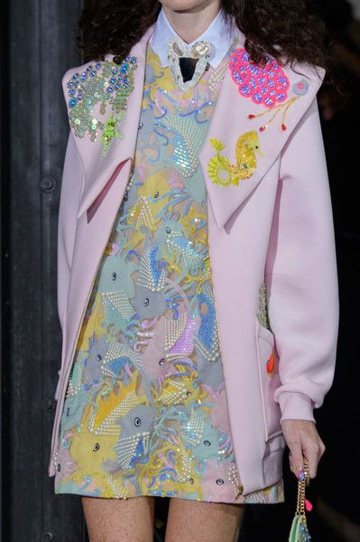 Fashion Week Dresses Haute Couture Runway 26 Ideas - Fashion Week Dresses Haute Couture Runway 26 Ideas Source by jellyfishtank - Couture Fashion, Runway Fashion, Street Fashion, Fashion Show, Fashion Looks, Fashion Spring, Fashion Fashion, Mode Pastel, Mode Rose