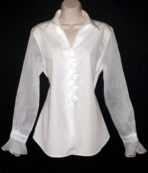 GORGEOUS Anne Fontaine Paris White Rosette Organdi Rose Buttons Blouse . I have this one!