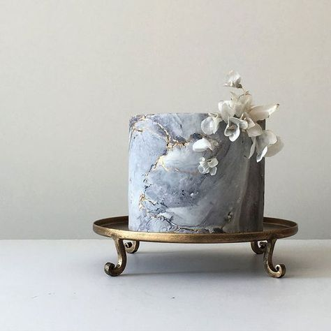 2019 Designer Wedding Dresses & Bridal Gowns Modern Masterpieces ~ Jasmine Rae Wedding Cakes ~ grey and gold marble cake with rice paper flowers
