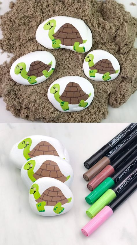Learn how to make these easy turtle painted rocks for kids with this simple step by step tutorial & video. This is a great rock painting idea for beginners!