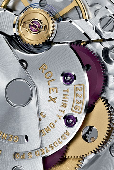 The new Lady-Datejust 28 Rolex watches are equipped with Calibre 2236, a new-generation self-winding mechanical movement entirely developed and manufactured by Rolex for superlative performance.