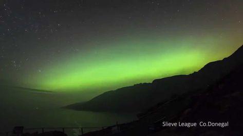 The Slieve League Aurora timelapse vidoe of the northern lights
