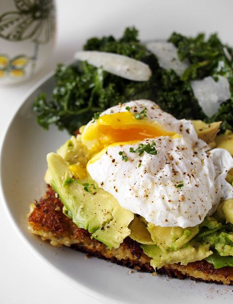 Fried Polenta, Avocado, and Poached Egg Breakfast (plus, KALE!)   http://www.thekitchenpaper.com/fried-polenta-avocado-poached-egg-breakfast-plus-kale/