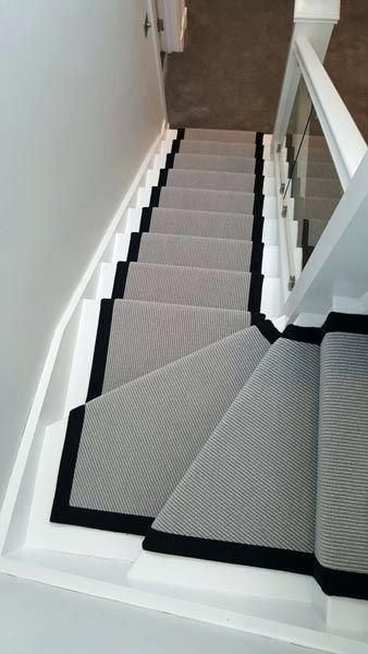 Moderner Treppenlaufer Neuer Laufer Carpetstairsmodern Laufer Moderner Neuer Treppen In 2020 Carpet Staircase Stair Runner Carpet Staircase Design