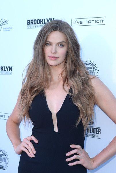 Robyn Lawley attends Sports Illustrated Swimsuit Summer of Swim Fan Festival.