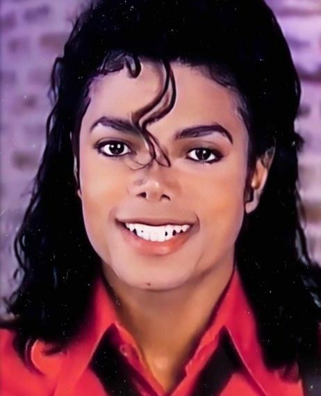 Pin By Deja Chester On Random Michael Jackson Thriller Michael Jackson Wallpaper Michael Jackson Bad
