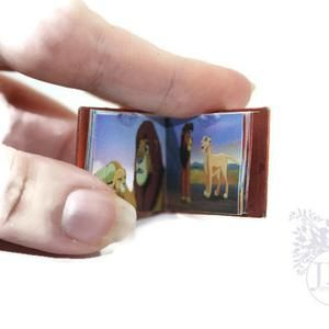 The Lion King A Miniature Book Dolls House Miniature 12th Scale Miniature Book Dollhouse Book Miniature Story Book Dollhouse Story Casa De Muñecas Miniaturas Rey Leon