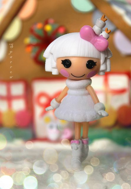 wee-little-things: toasty sweet fluff by Sparrow ♪ on Flickr. #Lalaloopsy