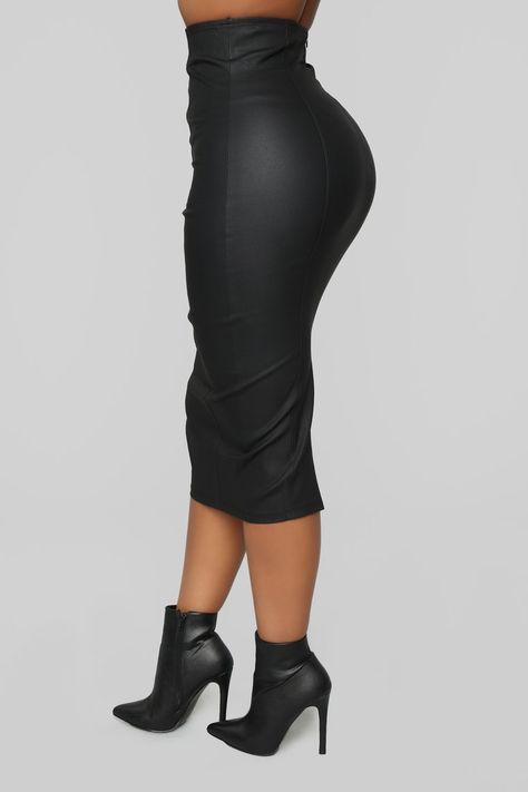 When We Dance Pencil Skirt - Black Classy Outfits, New Outfits, Stylish Outfits, Fashion Outfits, Office Outfits, Business Outfits, Pencil Skirt Black, Pencil Skirt Outfits, Black Skirts
