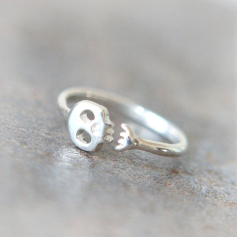 Cute Skull ring in sterling silver by laonato on Etsy @Stephanie Nelson