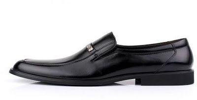 تفسير رؤية النعال أو الحذاء في المنام ابن سيرين Dress Shoes Men Dress Shoes Oxford Shoes
