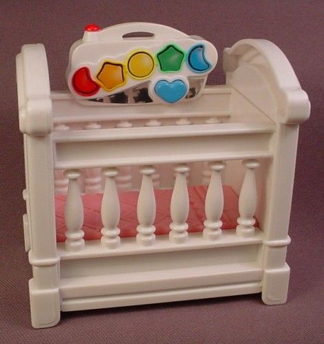 Fisher-Price Loving Family Dollhouse Pink /& White Cradle Rocking Baby Bed