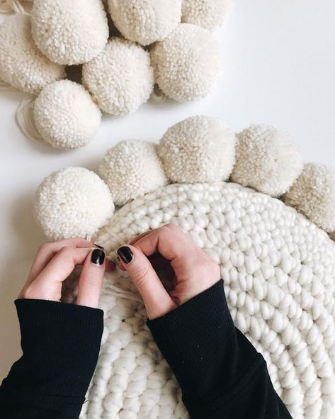 Easy crochet pillow pattern with pom poms. Uses single crochet and continuous rounds. Pattern includes photo + video tutorials. Features Wool and the Gang + Lion Brand yarn. All patterns are buy 2 get 1 free. Happy making! xx