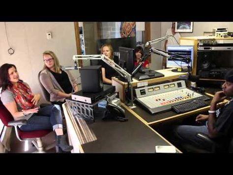 The Prairiewifeinheels Crew Stop By 104 7 Kiss Fm To Discuss Their