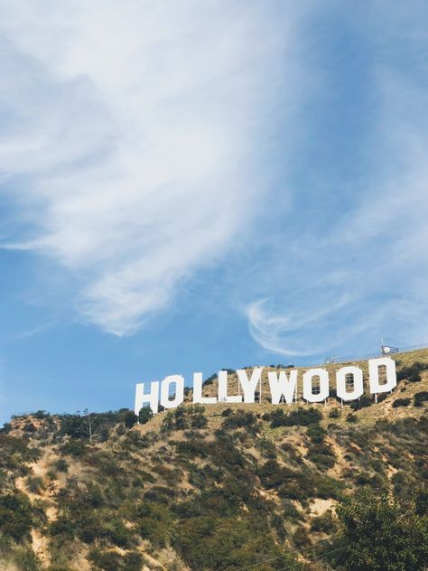 to Hike to the Hollywood Sign (Secret Shortcuts!)How to Hike to the Hollywood Sign (Secret Shortcuts! Hollywood Sign Hike, Hollywood Waves, Hollywood Studios, Hollywood Glamour, Hollywood Stars, Paul Hollywood, Vintage Hollywood, California Dreamin', Hollywood California