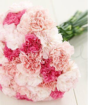 Turn Supermarket Flowers Into Beautiful Bouquets Wedding Bouquets Pink Carnation Wedding Flowers Carnation Wedding Bouquet