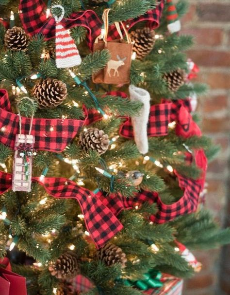 lumberjack buffalo check christmas tree garland ribbon