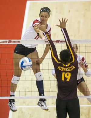 Tionna Williams Badgers Look To End Losing Streak Vs Minnesota Badger Volleyball Minnesota Badger